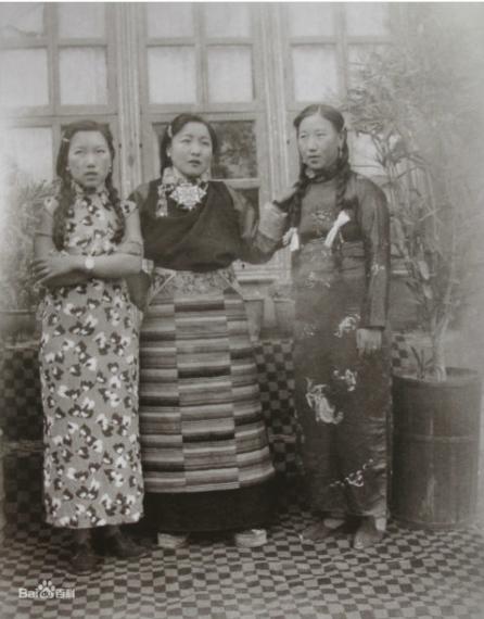 "Captioned as ""Aristocrat women wearing qipao"""
